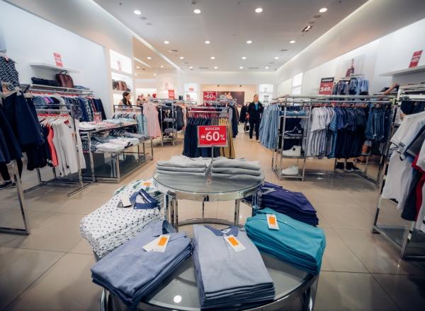 Vara reducerilor continua la Shopping MallDova!