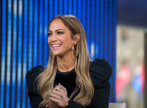 Jennifer Lopez are cui ii semana! Iata cat de frumoasa este mama vedetei - FOTO