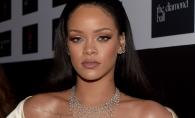 Rihanna a renuntat la haine in favoarea unui costum minuscul! Iata cum s-a dat in spectacol la un eveniment - FOTO