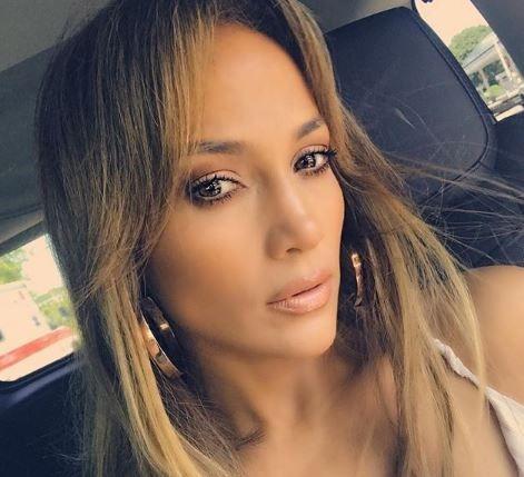 Adevarul despre chipul lui Jennifer Lopez. Cum arata canteareata atunci cand nu este machiata - FOTO