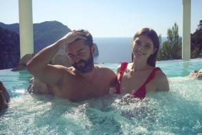 Adrian Ursu si Irina Negara au sarbatorit patru ani de dragoste! Iata cum si-a recuperat interpretul greseala, pentru ca a uitat de aniversarea casniciei - VIDEO