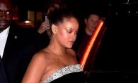 Rihanna i-a dat cizmele cu toc bodyguardului si a ramas in slapi! Aparitia care a intors toate privirile - FOTO