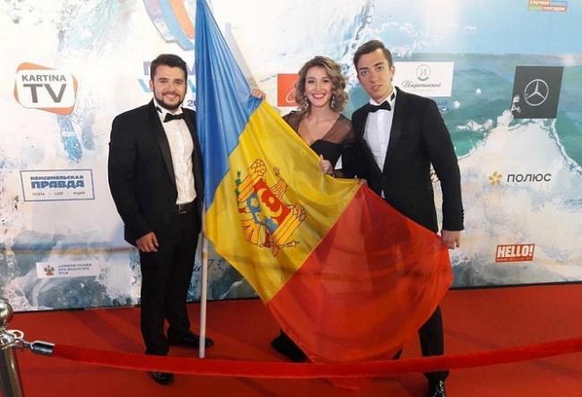 "Ei sunt moldovenii care l-au cucerit pe Filip Kirkorov. Trupa Doredos ne reprezinta tara la ""Novaya Volna 2017"" si face ravagii la Soci - VIDEO"