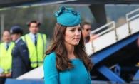 Ducesa de Cambridge nu are voie sa semneze autografe. Afla de ce