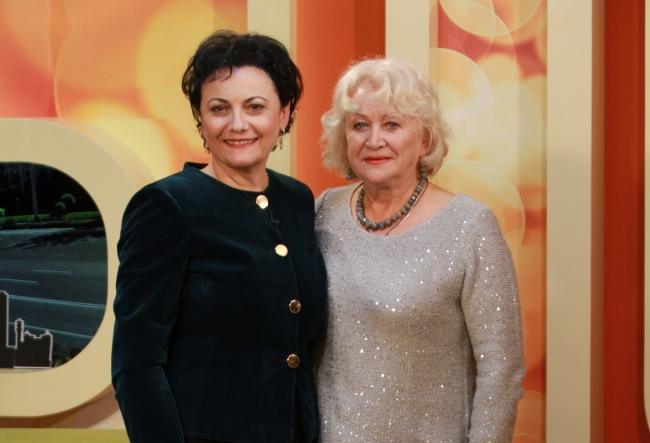 "Alina Mavrodin-Vasiliu si Margareta Ivanus sunt invitate speciale la festivalul ""Crizantema de Argint"" de la Chisinau. Afla ce informatie in EXCLUSIVITATE au povestit artistele - VIDEO"