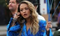 Rita Ora a aratat mai mult decat trebuia, in mijlocul strazii! Cum a fost surprinsa la New York - FOTO