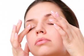 Cum rezolvi problema ochilor mai putin luminosi si limpezi? Vezi 3 trucuri care te ajuta sa-i revitalizezi - FOTO