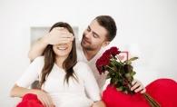 14 feluri in care poti face un barbat sa se indragosteasca de tine. Gesturile simple, care il aduc la picioarele tale