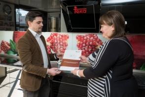 La 5 ani de la lansare, compania Bismobil a adus in dar o bucatarie, cea care i-a marcat debutul in afaceri! Iata istoria de succes - FOTO