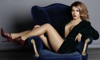 Nicoleta Nuca, intr-o rochie cu un decolteu adanc si un slit indraznet! Cat de sexy a pozat artista - FOTO