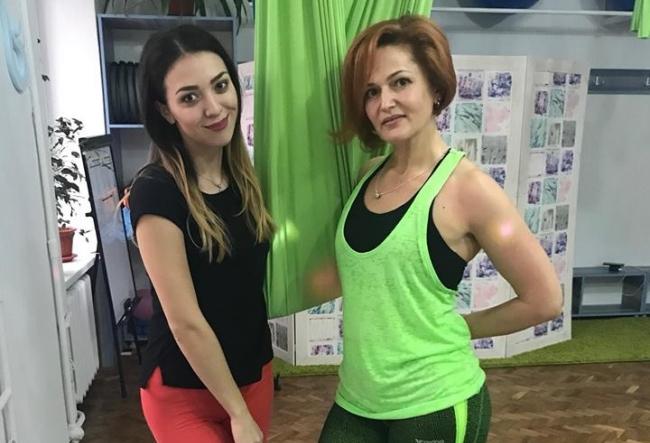 Fly Yoga, sportul care te inaripeaza! Alina Plingau a zburat la propriu - VIDEO
