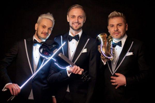 Baietii de la SunStroke Project au adus Eurovision-ul acasa! Iata detalii de la unul dintre cele mai deosebite concerte ale toamnei - VIDEO