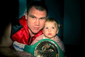 Constantin Bejenaru este un boxer moldovean stabilit in SUA. Vezi in interviul marca perfecte.md, cum a reusit sa-si urmeze visul - FOTO