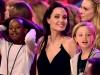 Angelina Jolie emana senzualitate, fiicele ei arata ca niste baietei. Cum au fost surprinsi la piata de vechituri - FOTO
