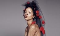Rihanna, surprinsa intr-o tinuta extravaganta pe strazile New Yorkului.  Iata cum s-a afisat interpreta - FOTO