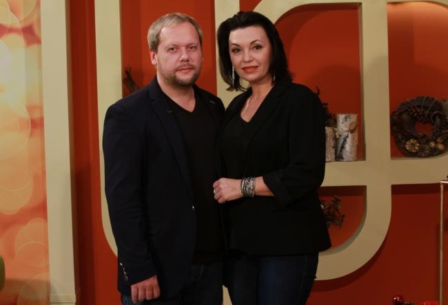 Pentru ei, 2017 se incheie cum nu se putea mai bine! Xenia Nicora si Serghei Bilchenco au povestit despre realizarile frumoase din acest an, dar si de surpriza ce o pregatesc - VIDEO