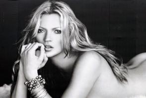 Ultima incercare pentru Kate Moss. Supermodelul isi doreste un copil cu iubitul sau tinerel- FOTO
