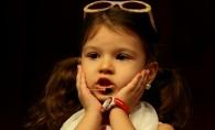 "Cleopatra Stratan interpreteaza piesa ""Ghita"", la cei 15 ani ai sai. Vezi cum a cantat tanara alaturi de tatal sau, Pavel Stratan - VIDEO"