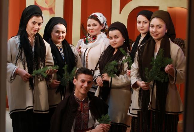 """""""Cel mai frumos colind din viata mea!"""" Vezi cat de minunat au cantat interpretii, care au impresionat-o la maxim pe Rodica Cioranica - VIDEO"""