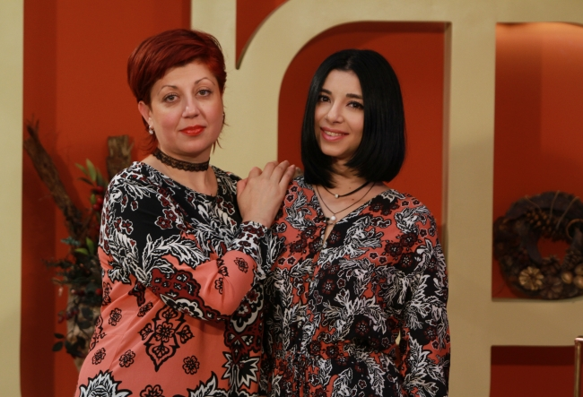 """""""Tot ce am realizat eu, sora mea Sofia si tata, e datorita ei, ea este lumina noastra."""" Iata destainuirile Andrei, despre mama sa, Mihaela Oistric si intreaga lor familie - VIDEO"""