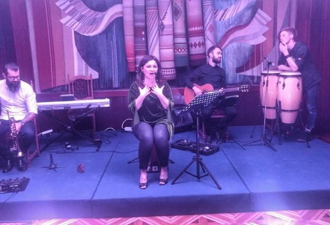 """Geta Burlacu a organizat un concert extraordinar! Vezi care e atmosfera la """"Jazz and Wine"""" - VIDEO"""