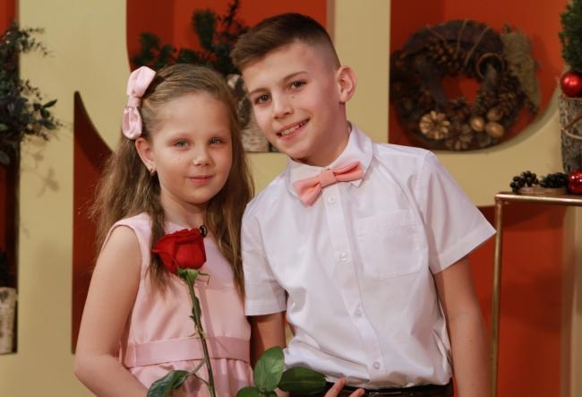 Monica Bodiu si Octavian Neculce, doi copii minunati si extrem de talentati. Trebuie sa vezi povestea lor artistica, te cucereste instantaneu - VIDEO