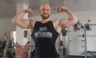 Se lauda cu un corp perfect, sculptat de muschi si patratele! Campionul Moldovei la bodybuilding, Vitalie Raducanu, iti spune ce sa mananci de sarbatori fara sa te ingrasi- VIDEO