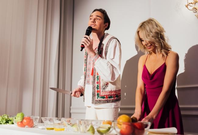 Silvia Petrov si Catalin Lungu s-au luptat la cutite! Afla despre ce este vorba - VIDEO
