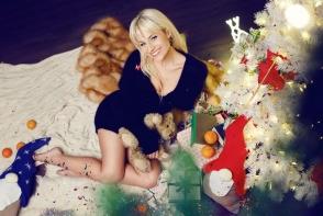 Natalia Gordienko, superba intr-o rochie maxi. Vedeta radiaza de fericire, la primul Revelion in calitate de mamica - FOTO