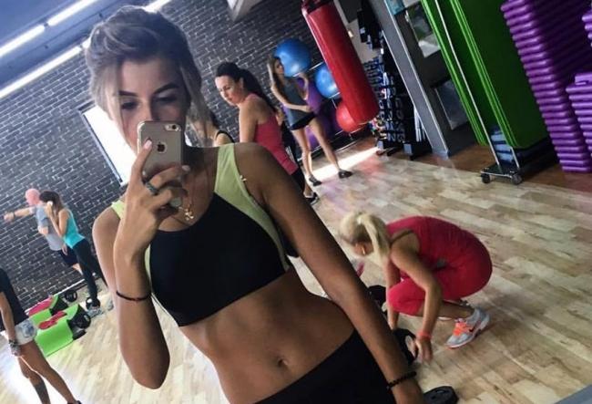 """Laura Jdanov: """"Eu mereu vreau sa slabesc, mie niciodata nu imi convine figura mea."""" Modelul a dezvaluit secretul siluetei sale de invidiat - VIDEO"""