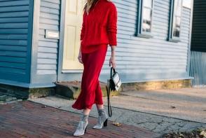 Iarna nu trebuie sa purtam numai culori inchise. Afla cum sa iti construiesti o tinuta all red - FOTO