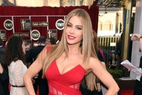 Sofia Vergara, extrem de sexy in costum de baie. Diva latino arata senzational la 45 de ani - FOTO