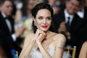 Angelina Jolie, aparitie de senzatie la Critics Choice Awards! Actrita a atras toate privirile - FOTO