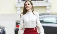 Regina Spaniei are o silueta de supermodel. Vezi cum arata intr-o rochie alba, foarte scurta - FOTO