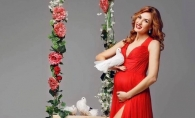 Tatiana Heghea: ¨Niciodata n-am crezut in fabulele care zic mananca pentru 2...¨. Interpreta a adaugat doar 9 kilograme in timpul sarcinii - VIDEO