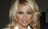 Pamela Anderson se marita! Cine este norocosul fotbalist de care s-a indragostit