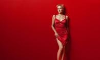 Sharon Stone, mai sexy ca niciodata. A uimit cu un decolteu ametitor, la o petrecere in Los Angeles - FOTO