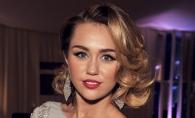 Miley Cyrus a revenit la atitudinea de fata rea. Iata cum a pozat dupa Grammy 2018 - FOTO