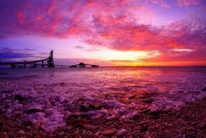 8 plaje cu nisip roz pe care trebuie neaparat sa le vezi. Te tenteaza sa-ti petreci urmatoarea vacanta pe una dintre ele? - FOTO