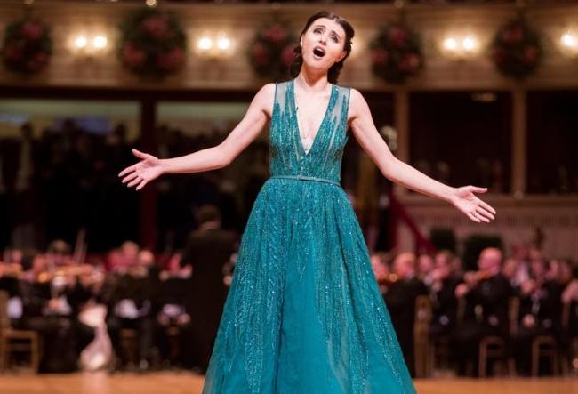O seara importanta pentru Valentina Nafornita. Soprana a deschis Balul de la Viena si a trait emotii nemaipomenite - VIDEO