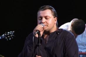 Vali Boghean a lansat un videoclip la piesa ¨Noi¨. Urmareste o poveste romantica dintre 2 indragostiti - VIDEO