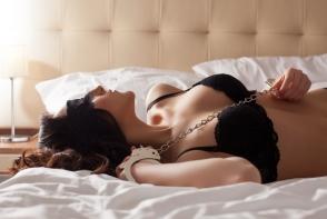 Jocuri sexuale si fierbinti pe care sa le incerci astazi cu partenerul. Iata ce trebuie sa faci neaparat - FOTO