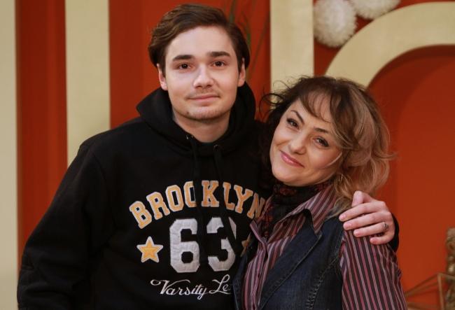 """Gabriela Lungu a vorbit despre succesul fiului ei, Catalin: """"Eu doresc la toate mamele sa aiba asa copii cum este el...""""  - VIDEO"""