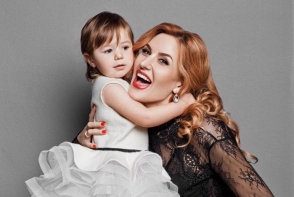 Tatiana Heghea a nascut! Interpreta este coplesita de fericire - FOTO
