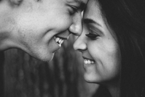 8 semne ca un barbat nu va inceta vreodata sa te iubeasca
