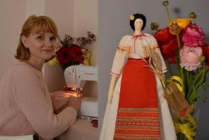 Dorul de tara a motivat-o sa-si dezvolte o afacere frumoasa. O moldoveanca stabilita in Portugalia confectioneaza papusi cu personalitate - FOTO