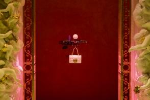 Dolce & Gabbana si-a prezentat gentile pe podium cu ajutorul dronelor. Vezi cum a fost prezentata colectia - FOTO