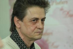 Gheorghe Grau, implicat intr-o actiune de caritate! Actorul impreuna cu iubita sa, au ajutat o familie nevoiasa, cu noua copii - FOTO