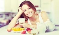 Mic dejun sanatos si energizant. 3 idei delicioase si rapide