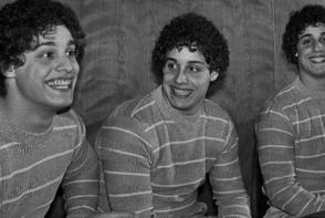 Doctorii au separat tripletii la nastere pentru un experiment social sinistru. Afla ce a urmat - FOTO